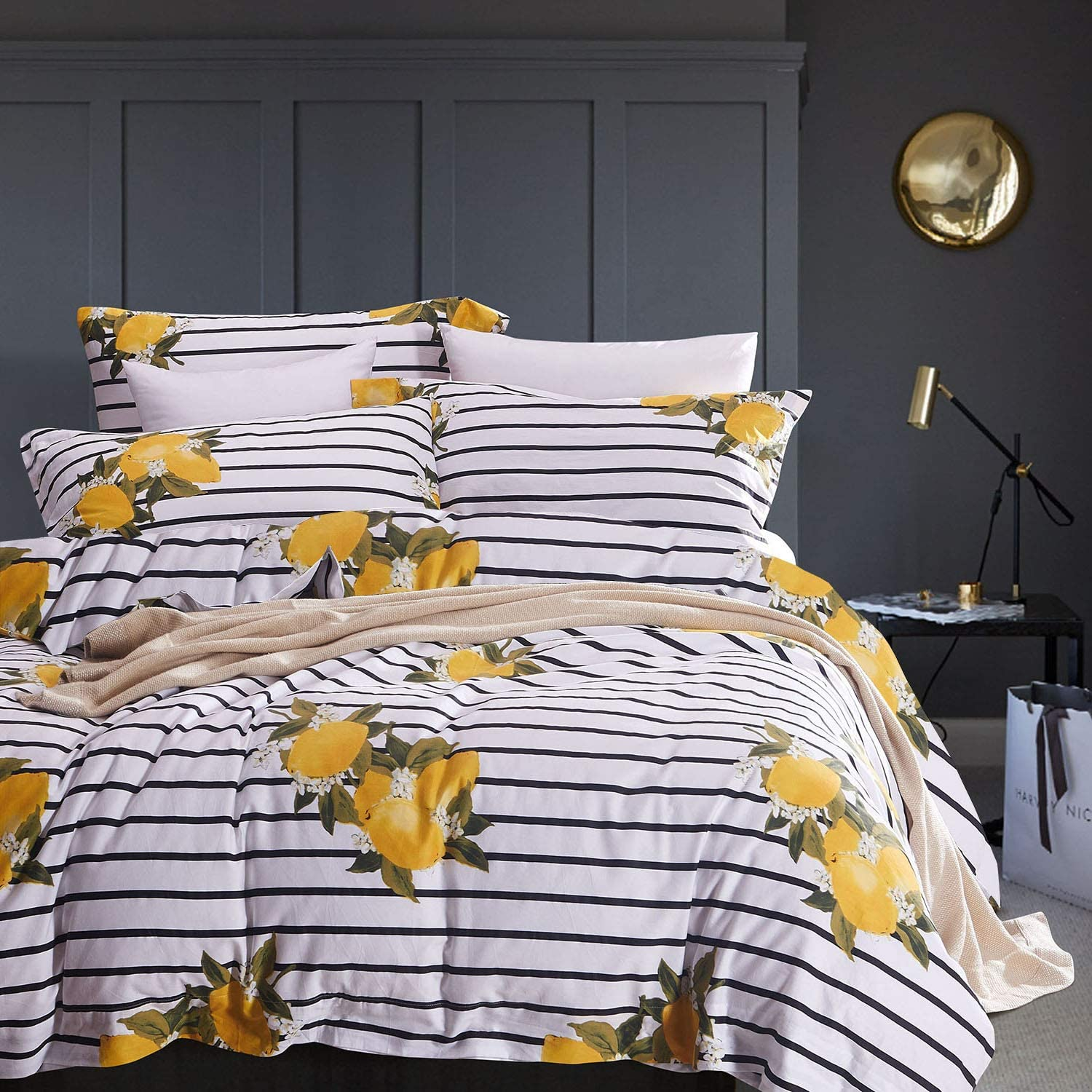 Wake In Cloud - Striped Duvet Cover Set, 100% Cotton Bedding, Yellow Lemon Pattern with Black and White Stripe Printed (3pcs, Full Size)