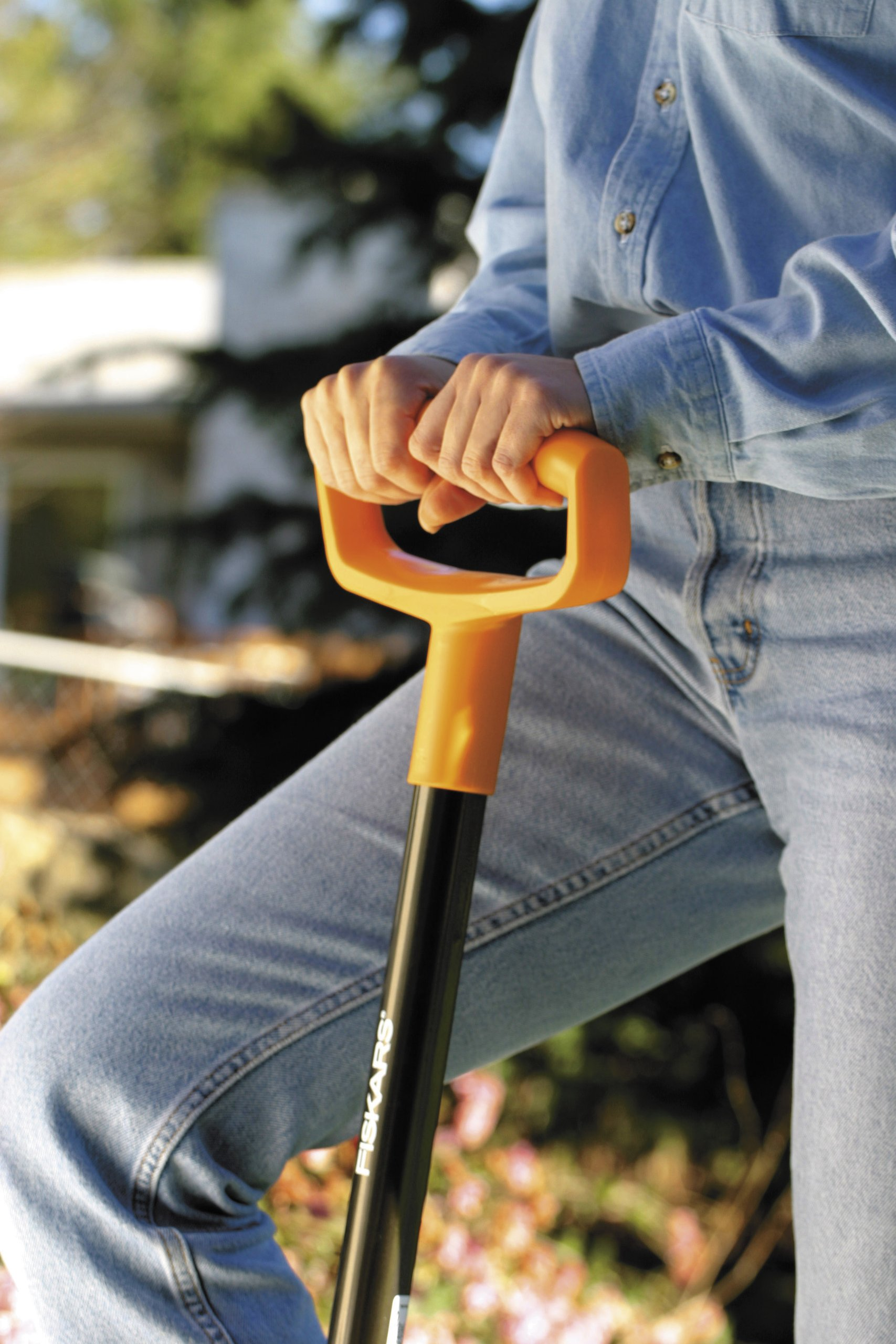 Fiskars 46 Inch Steel D-handle Digging Shovel
