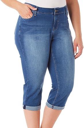 a20dda2a6d3db Amazon.com  YMI Junior s Plus Size Luxe Cuffed Flood Jeans