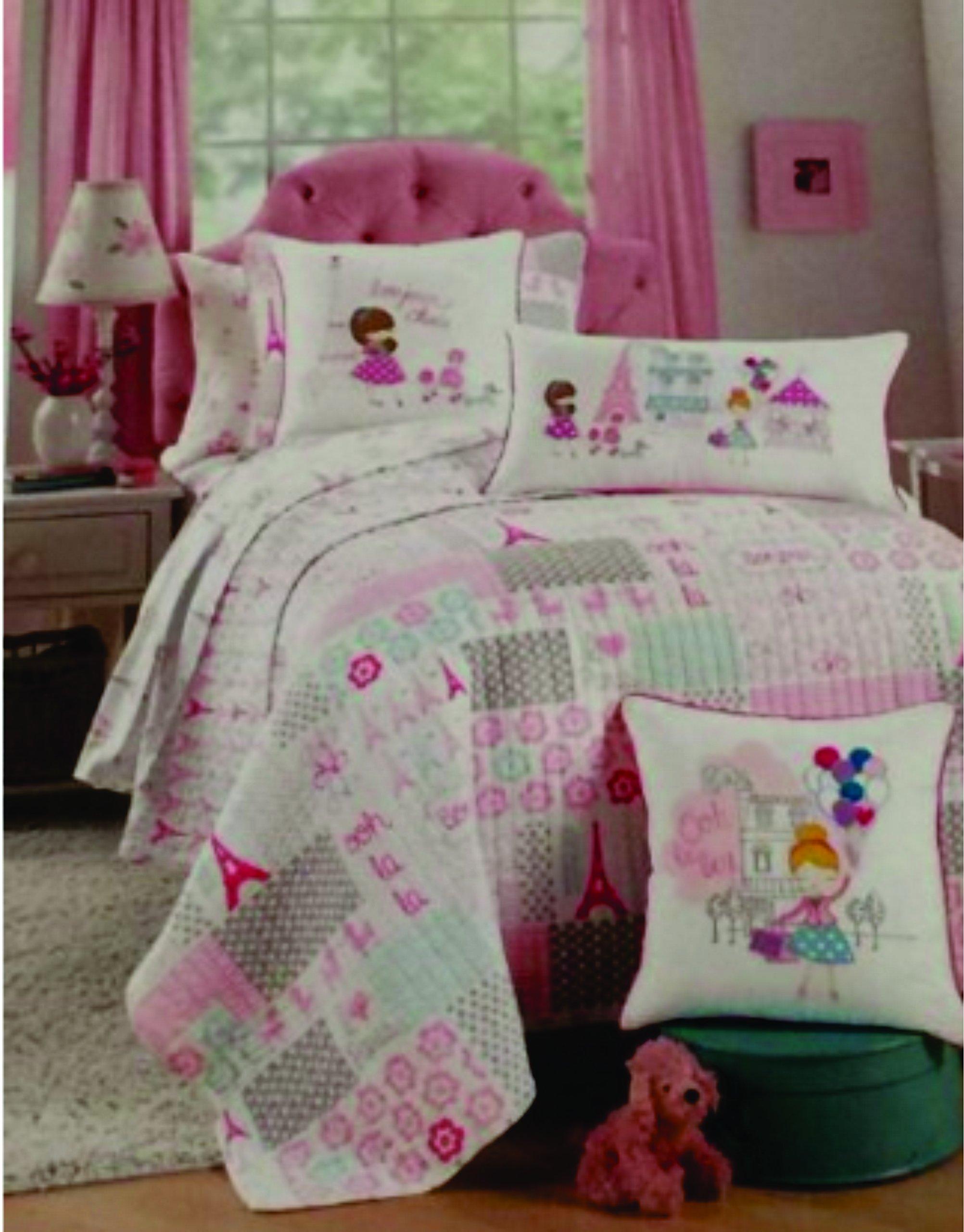 Nicole Miller Home Kids Quilt and Pillow Sham Set (I Love Paris Eiffel Tower) Twin