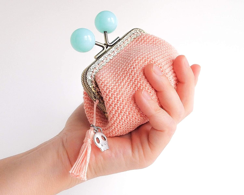 Monedero en crochet rosa de boquilla bolas azules: Amazon.es ...