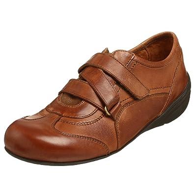 bb121206ca452 FOOTPRINTS Women s Motala Fashion Sneaker