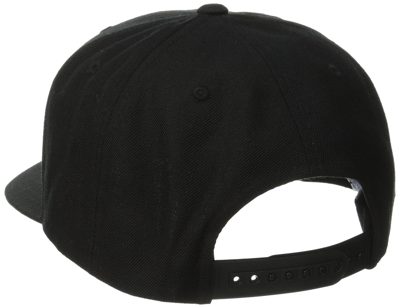 fbaf8316911 Amazon.com  Brixton Men s Oath III Medium Profile Adjustable Snapback Hat