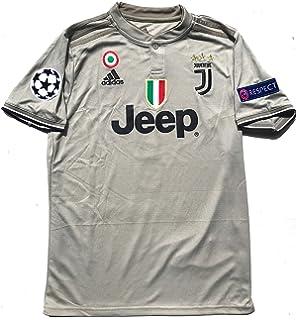 fe8e2d39b92 Amazon.com   Juventus Ronaldo No. 7 Soccer Jersey 2018 2019 Serie A ...