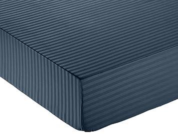 AmazonBasics - Sábana bajera deluxe de microfibra, a rayas, 150 x 200 x 30 cm - Azul marino: Amazon.es: Hogar