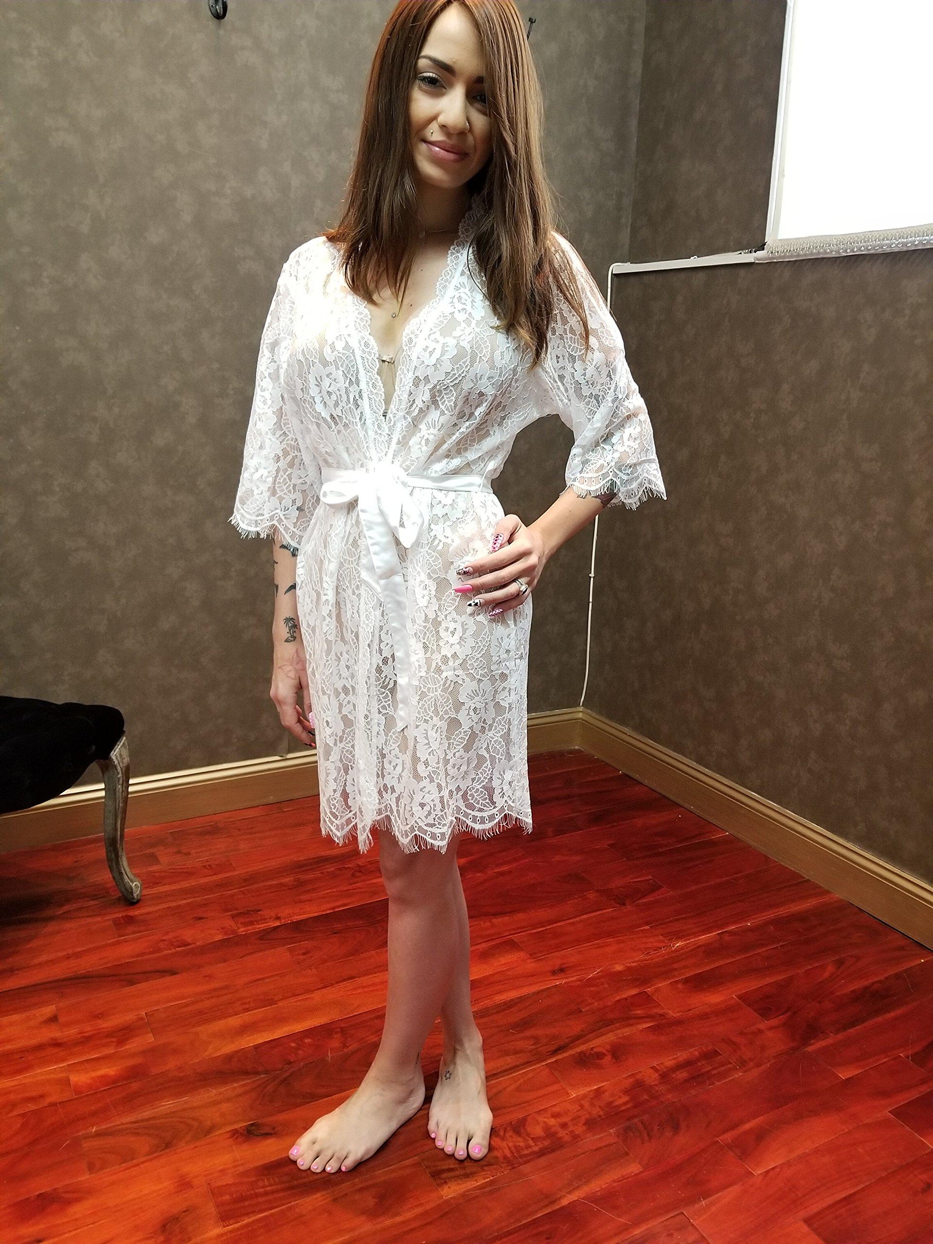 Chantilly Lace Bridal Robe