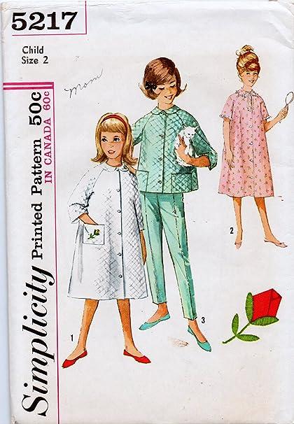Amazon.com: Simplicity 5217 Girl\'s Robe or Two-Piece Pajamas Sewing ...