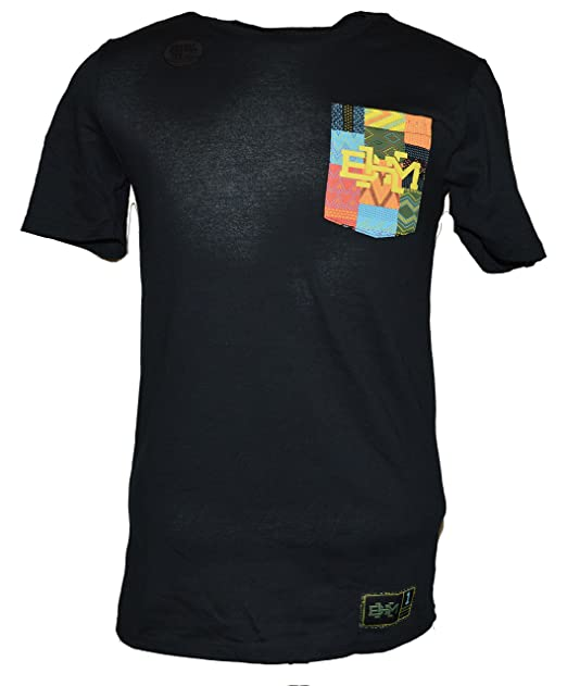 13941bca Nike Sportswear BHM T-Shirt at Amazon Men's Clothing store: