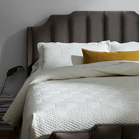 """Rivet Modern Stone Washed Textured Geo Coverlet Bedding Set, Full / Queen, Soft And Easy Care, 90"""" X 90"""", White by Rivet"""