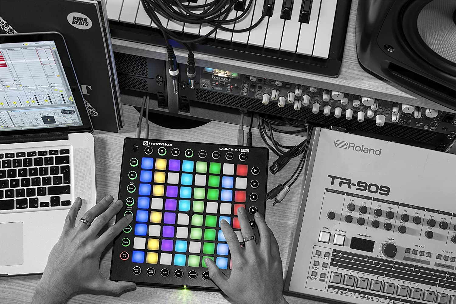 8x8 Grid Novation Launchpad Ableton Live Controller with 64 RGB Backlit Pads Renewed
