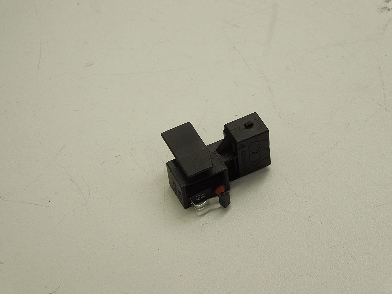 Audi A4 B6 B7 A8 D3 Boot Lid Tailgate Handle Micro Switch New