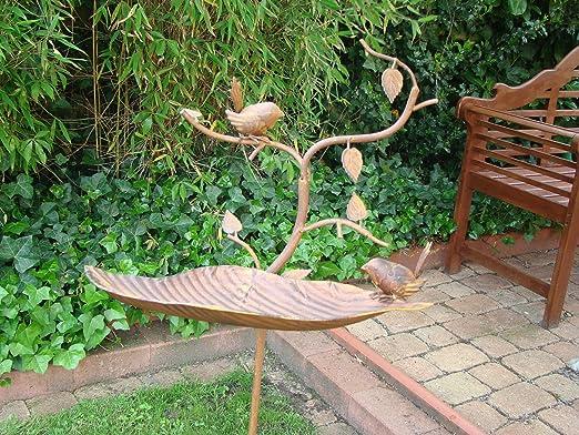 Bebedero para pájaros de metal, cuatro diferentes Esculturas (pájaro, búho, perro, ratón) (pájaro): Amazon.es: Jardín