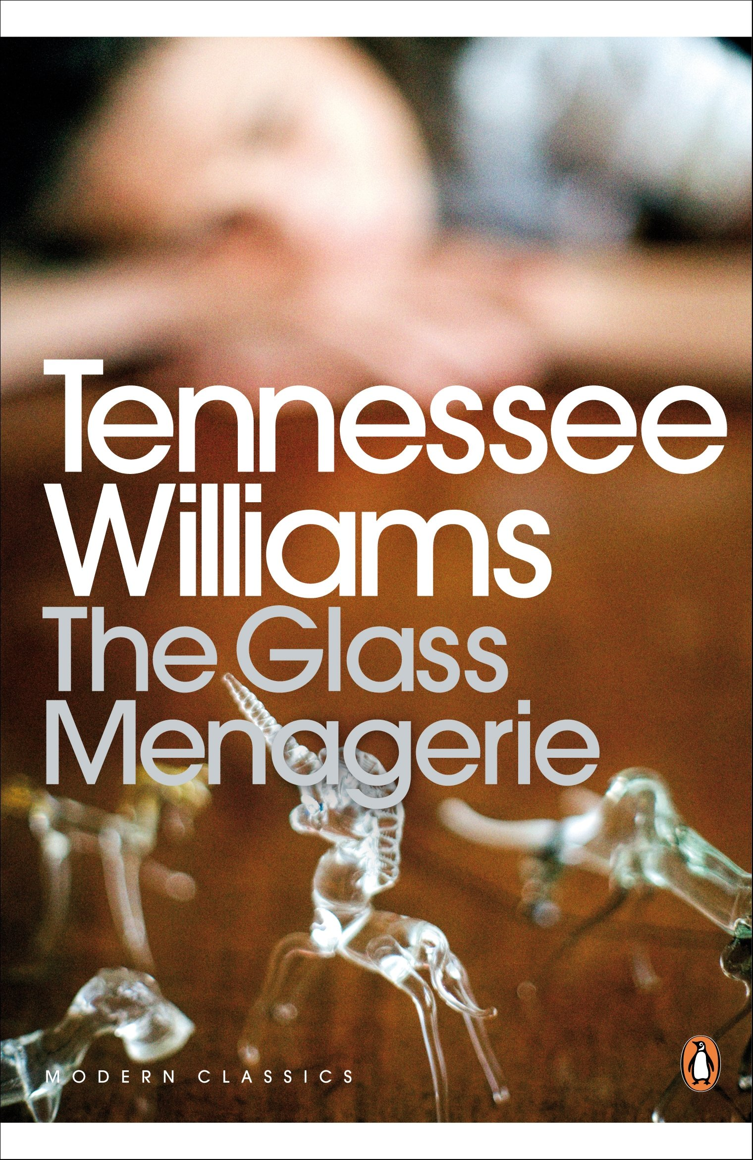 glass menagerie essay the glass menagerie penguin modern classics  the glass menagerie penguin modern classics de e the glass menagerie penguin modern classics de e