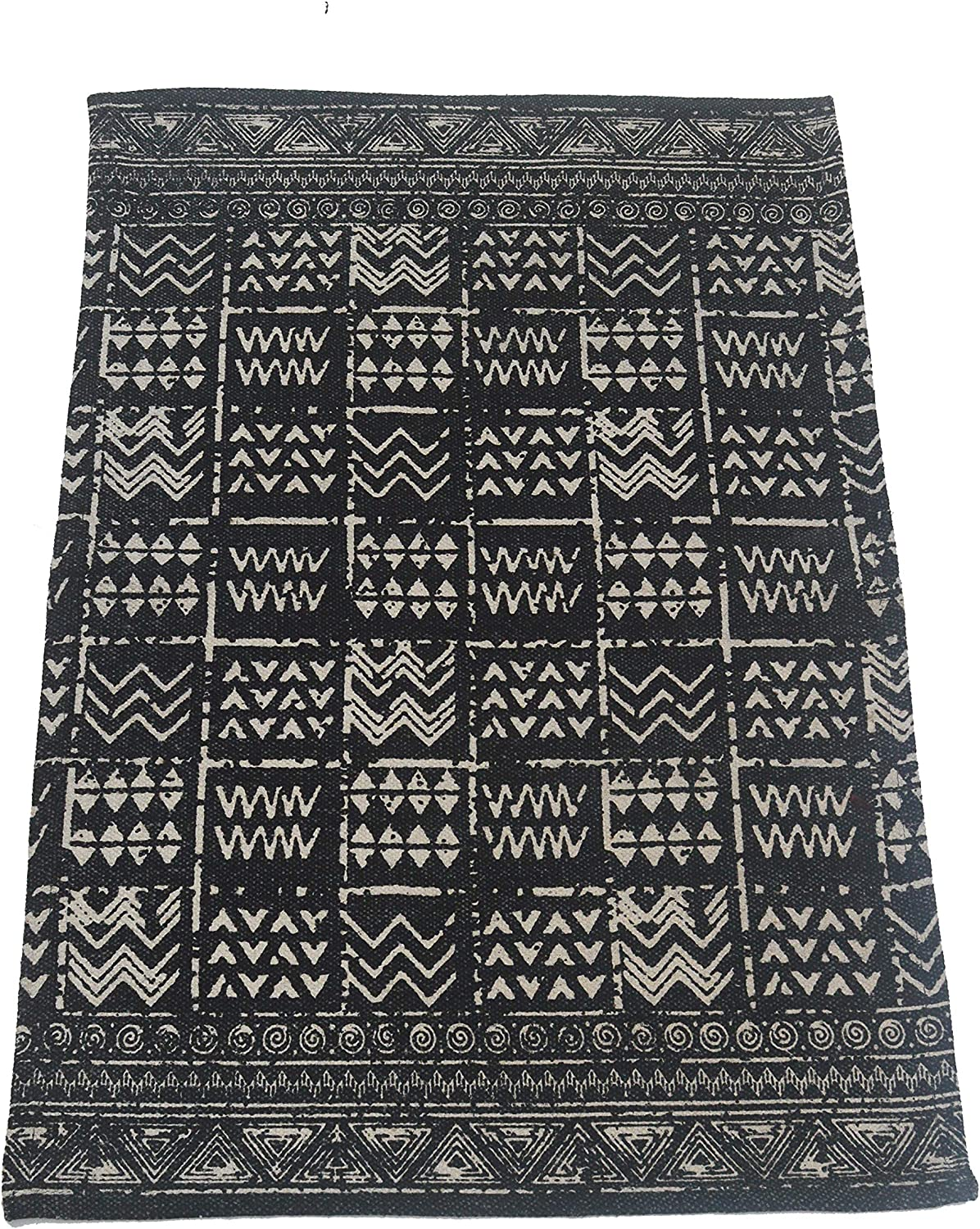 """CHARDIN HOME: Cleopatra Cotton Rug - Hand Woven, Printed & Stone Washed Rug for Entryway, Bedroom, Bathroom, Kitchen, Laundry Room. Machine Washable 2'x3' (24""""x36""""), Black/White."""