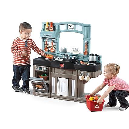 Step2 Best Chefu0027s Toy Kitchen Playset