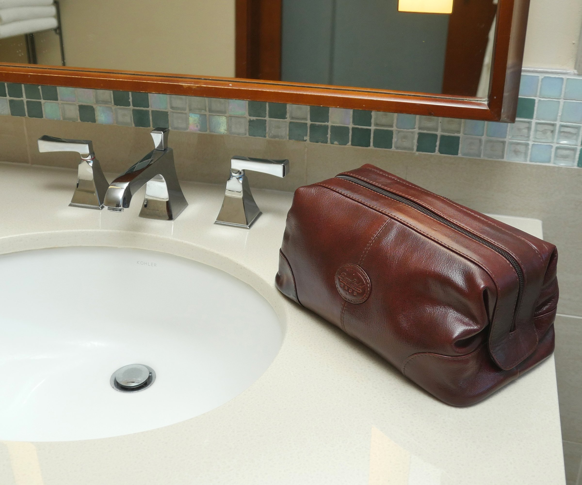98916a43f85 Mens Toiletry Bag Dopp Kit by Bayfeild Bags-Small Glossy Leather Vintage  Shave Kit Travel Medicine Bag (10x5x5) (burgundy)