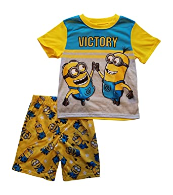 f9c781cdf16e Amazon.com  Minions Despicable Me PJs Pajama Sleep Wear Set for Boys ...
