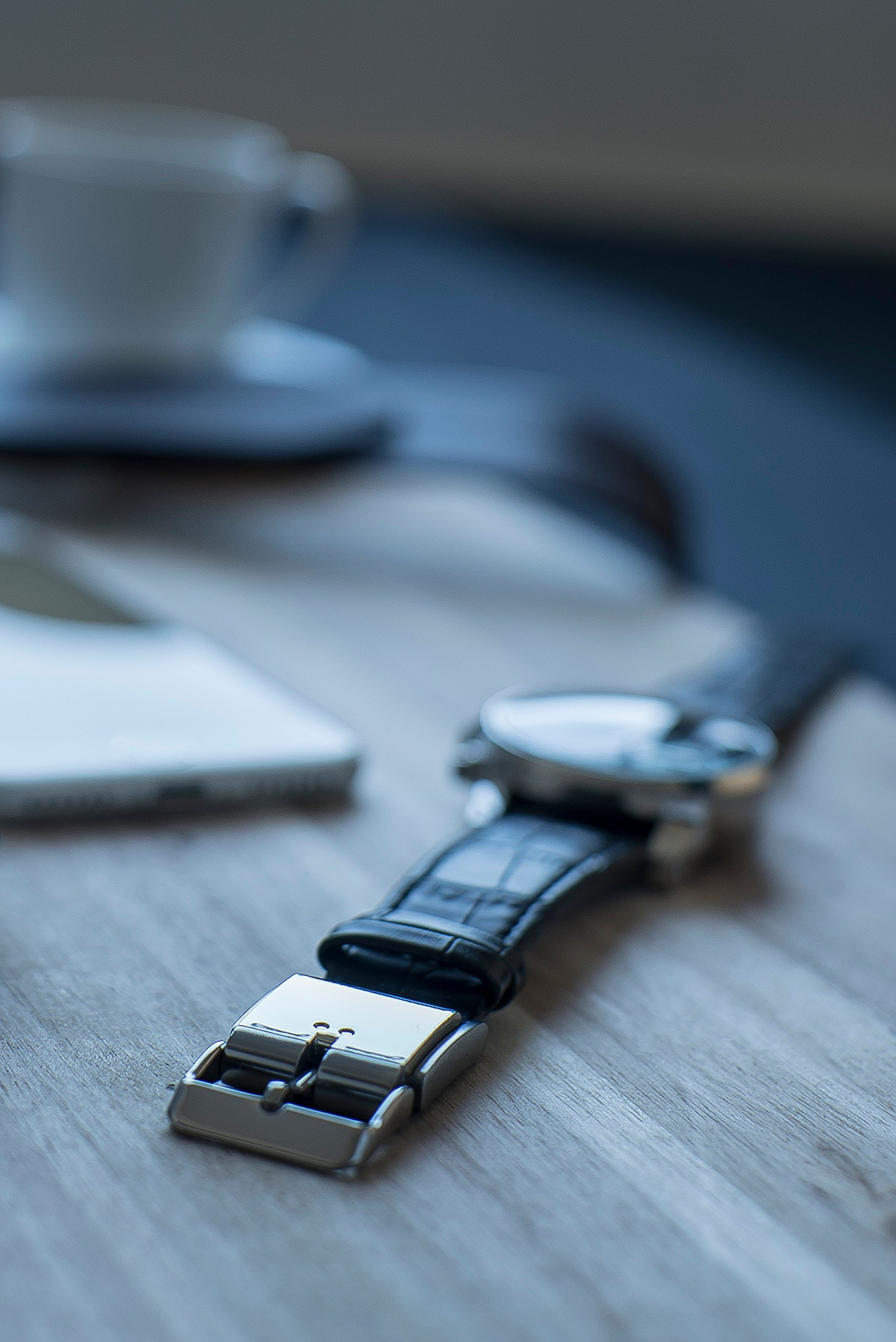 The Smart Buckle, Activity Tracker with Smart Notifications, Convert Any Watch into a Smart Fitness Tracker