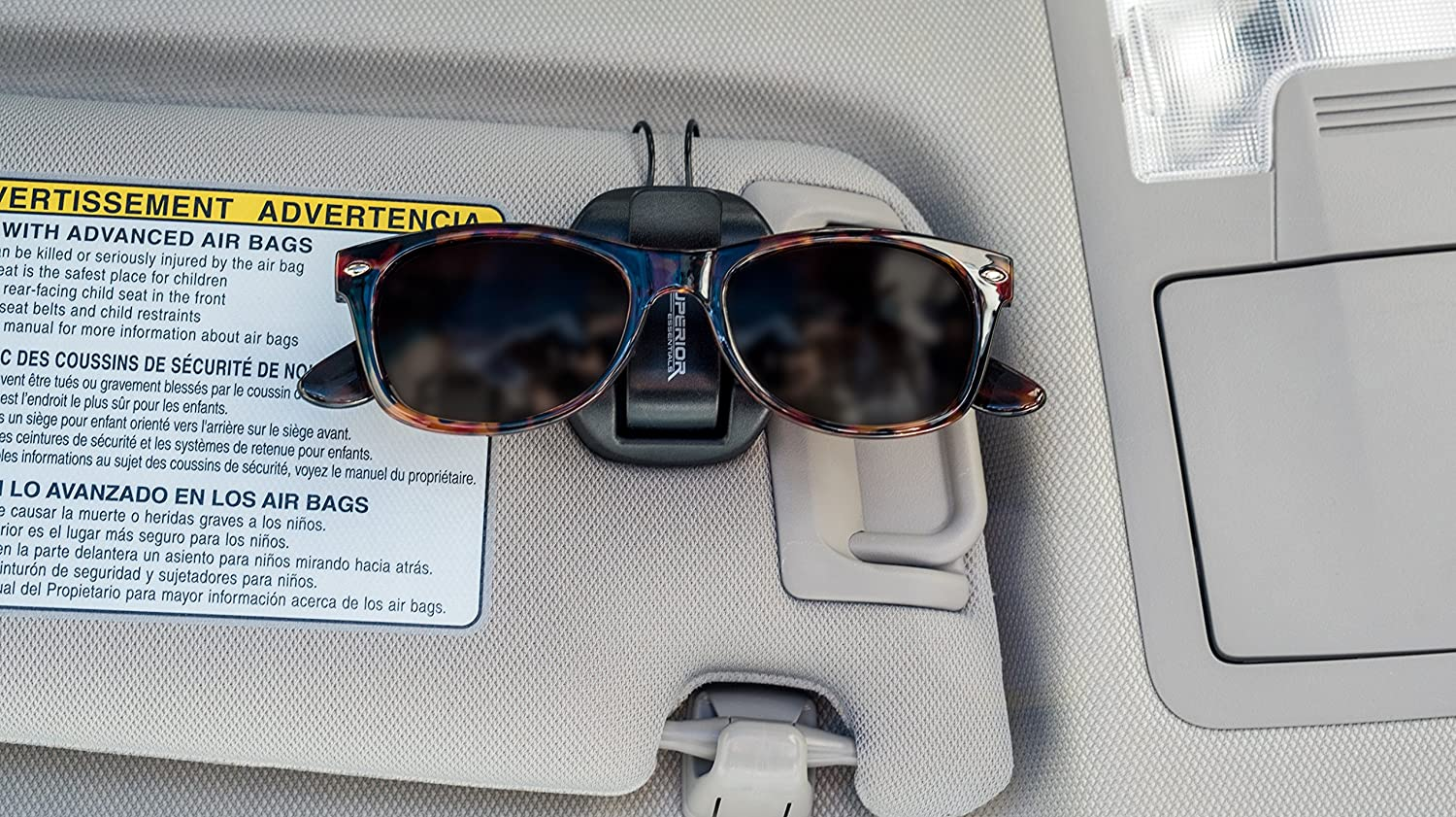 f7fa109ae14 Amazon.com  Superior Essentials Sunglasses Holder for Sun Visor Air Vent -  Conveniently Holds Sunglasses - Easy One Handed Operation  Automotive