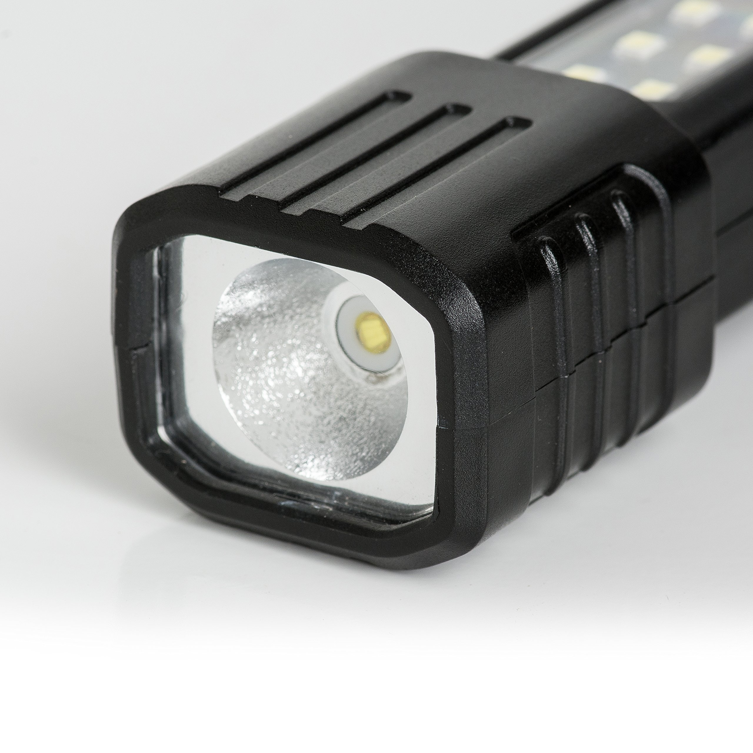 Cat CT3110 Extendable Dual Panel COB LED Hand Held Work Light With Magnetic Base (Black/Yellow) by Caterpillar (Image #5)