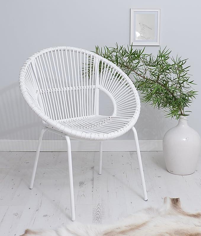 Blanco sillón con patas de metal silla de mimbre estilo - ocasional ...