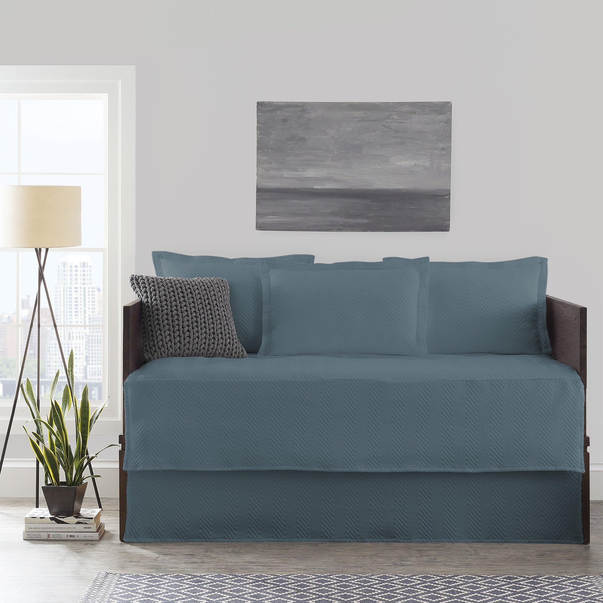 LaMont Home LBCV76990139 Chevron Day Bed Set Tapestry Blue,
