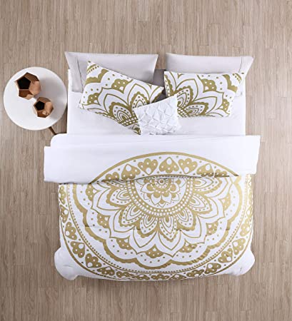 c1b06f99d4cb Image Unavailable. Image not available for. Color  VCNY Home Karma  Medallion Bohemian 3 Piece Bedding Comforter Set Twin XL Gold