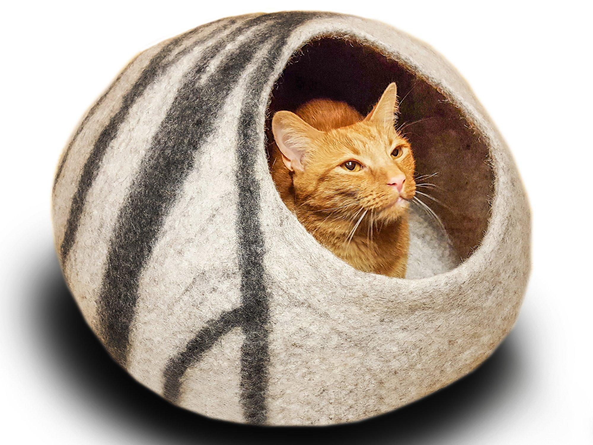 MEOWFIA Premium Felt Cat Bed Cave (Medium) - Handmade 100% Merino Wool Bed for Cats and Kittens (Light Grey/Medium) by MEOWFIA
