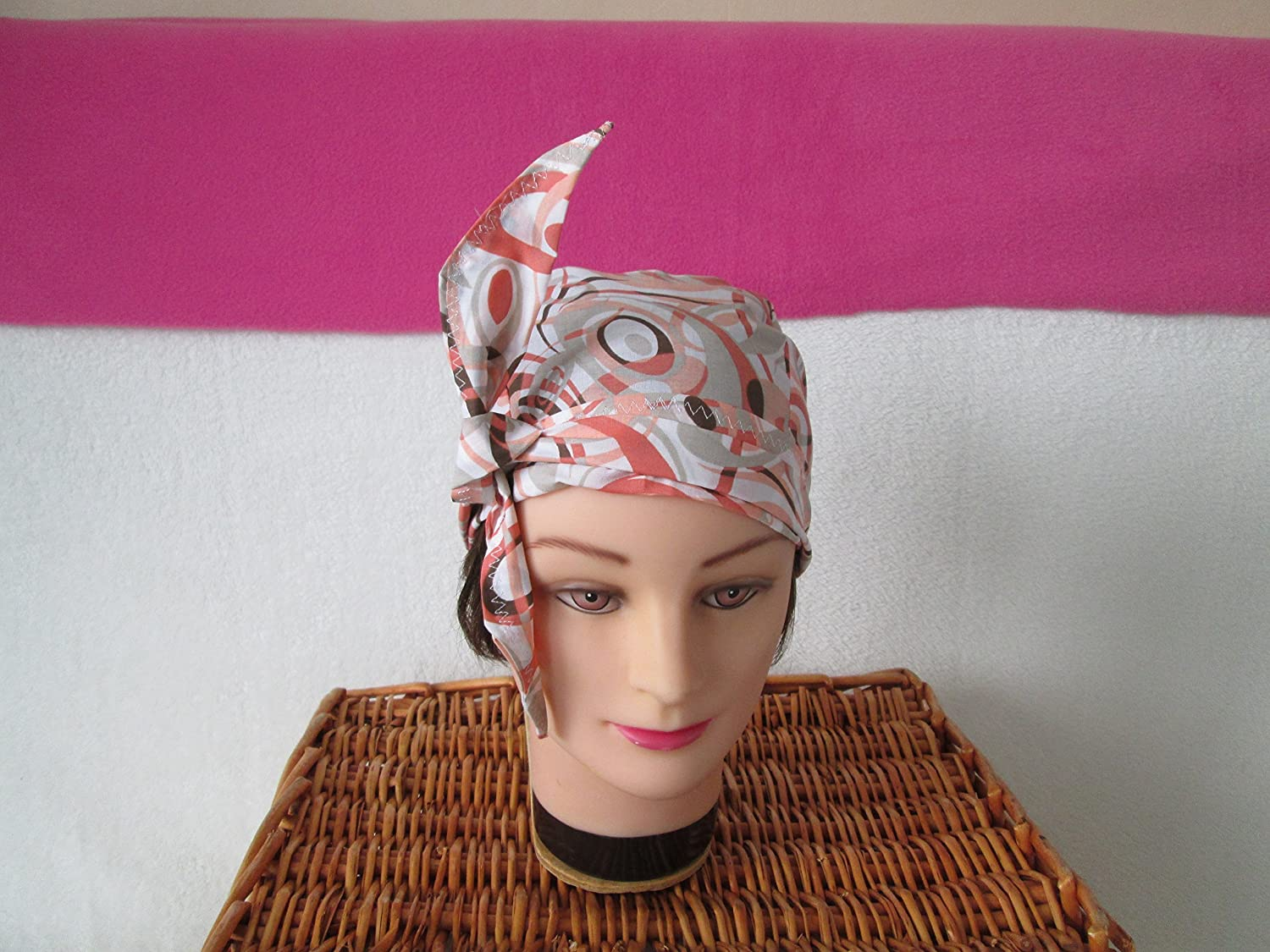 Foulard, turban chimio, bandeau pirate au féminin orange pastel