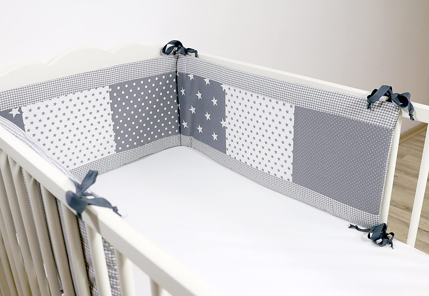 ULLENBOOM ® bumper – grey stars (420 x 30 cm cot bumper for babies, cot bumper pads for the head area of 140 x 70 cm cots;) cot bumper pads for the head area of 140 x 70 cm cots;) N-GS-420