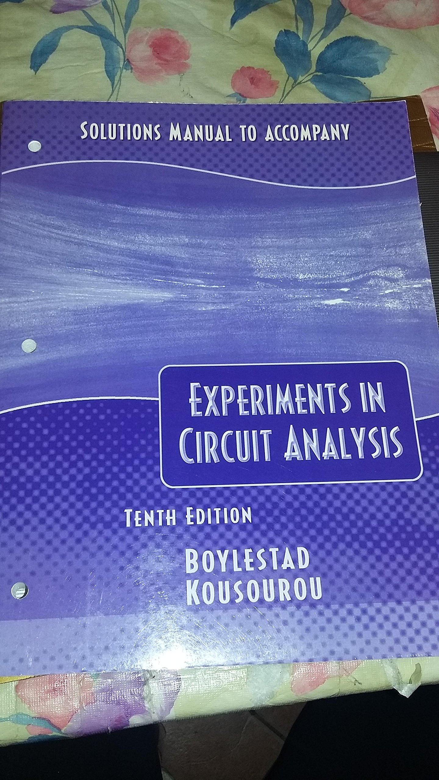 Solutions Manual to Accompany Experiments in Circuit Analysis Introductory  Circuit Analysis: Robert L. Boylestad: 9780130486622: Amazon.com: Books