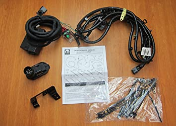 91%2Bt8XGrRlL._SX355_ amazon com chrysler pacifica trailer tow hitch wiring harness kit trailer wiring harness chrysler 300 at suagrazia.org