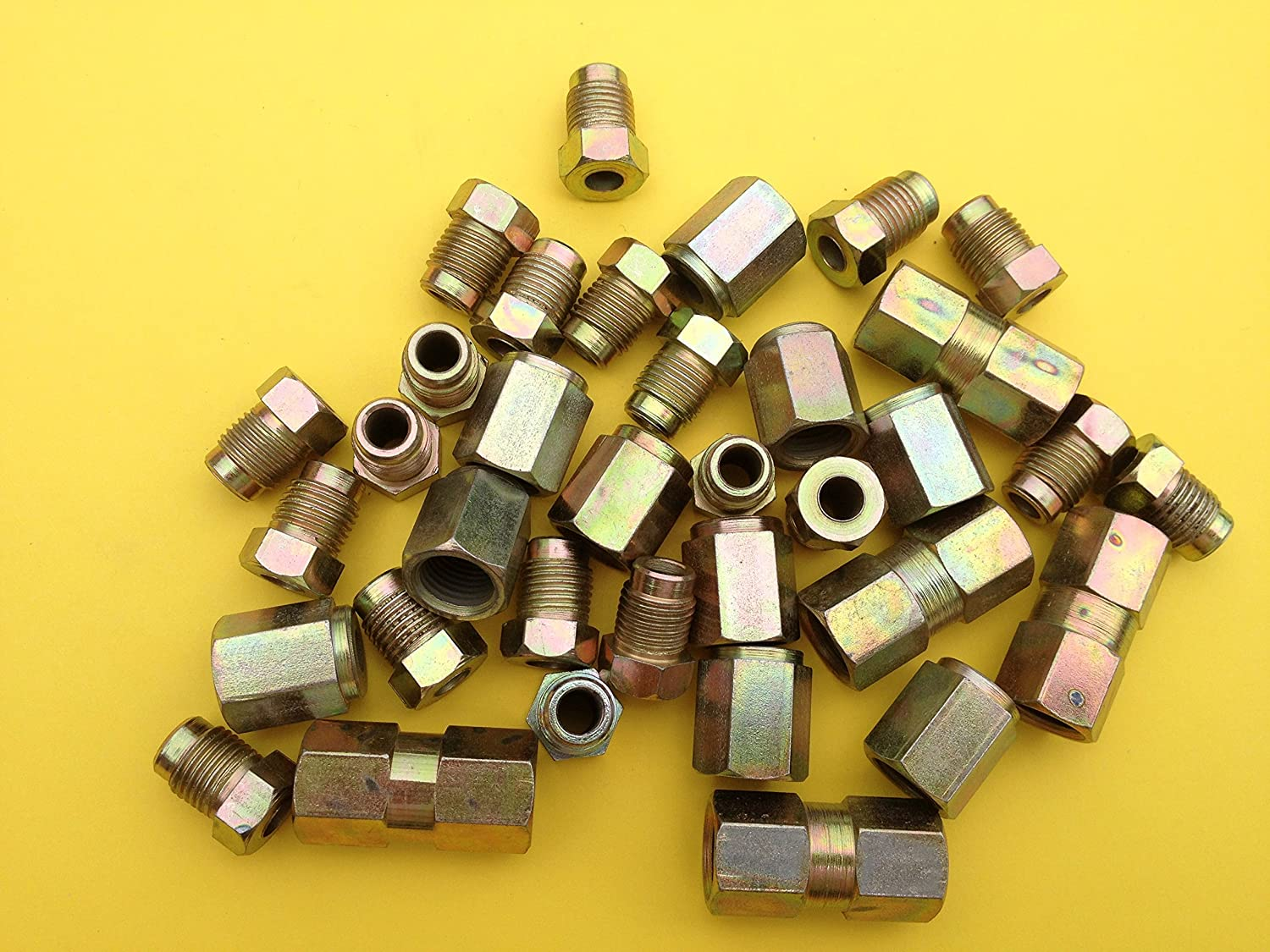 Pack 100 10mm mixed male and female brake pipe nuts