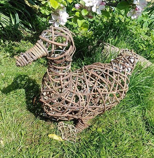F&G Supplies Adorno para jardín con diseño de pato de ratán y alambre – ideal para topiario e interiores. 40 cm de largo.: Amazon.es: Jardín