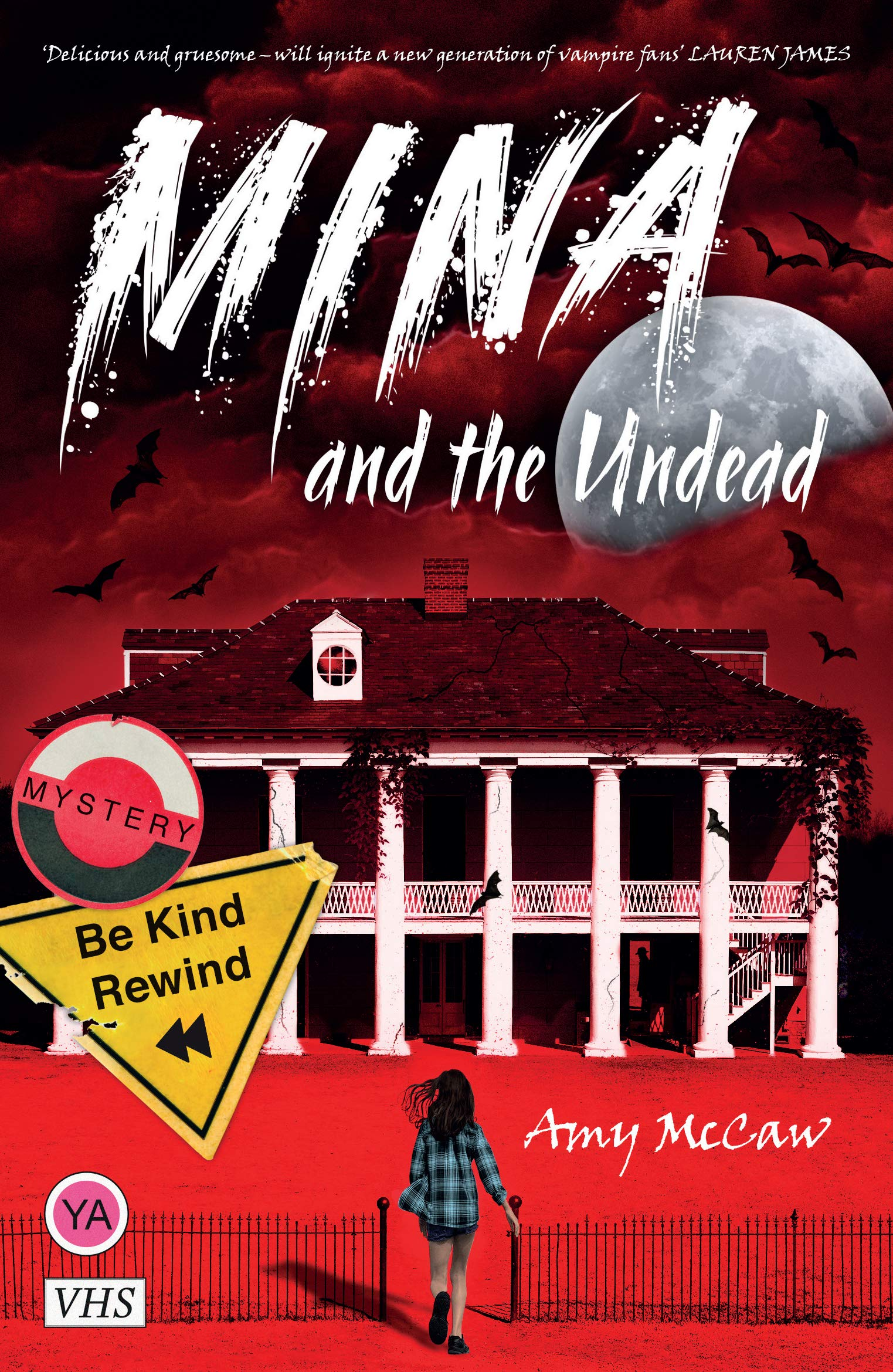 Mina and the Undead: Amazon.co.uk: Amy McCaw: 9781912979479: Books
