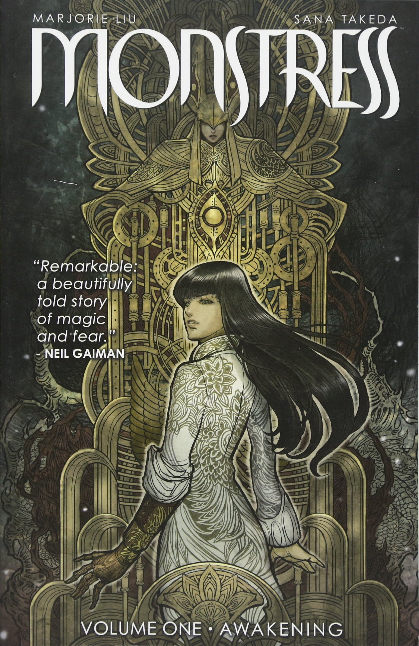Amazon.com: Monstress Volume 1: Awakening (9781632157096): Liu ...