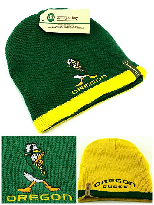 Image Unavailable. Image not available for. Color  Oregon Ducks New Donegal  Bay Reversible Beanie Puddles Toque Green Yellow Skull Era Hat Cap 4af8e0a4591d