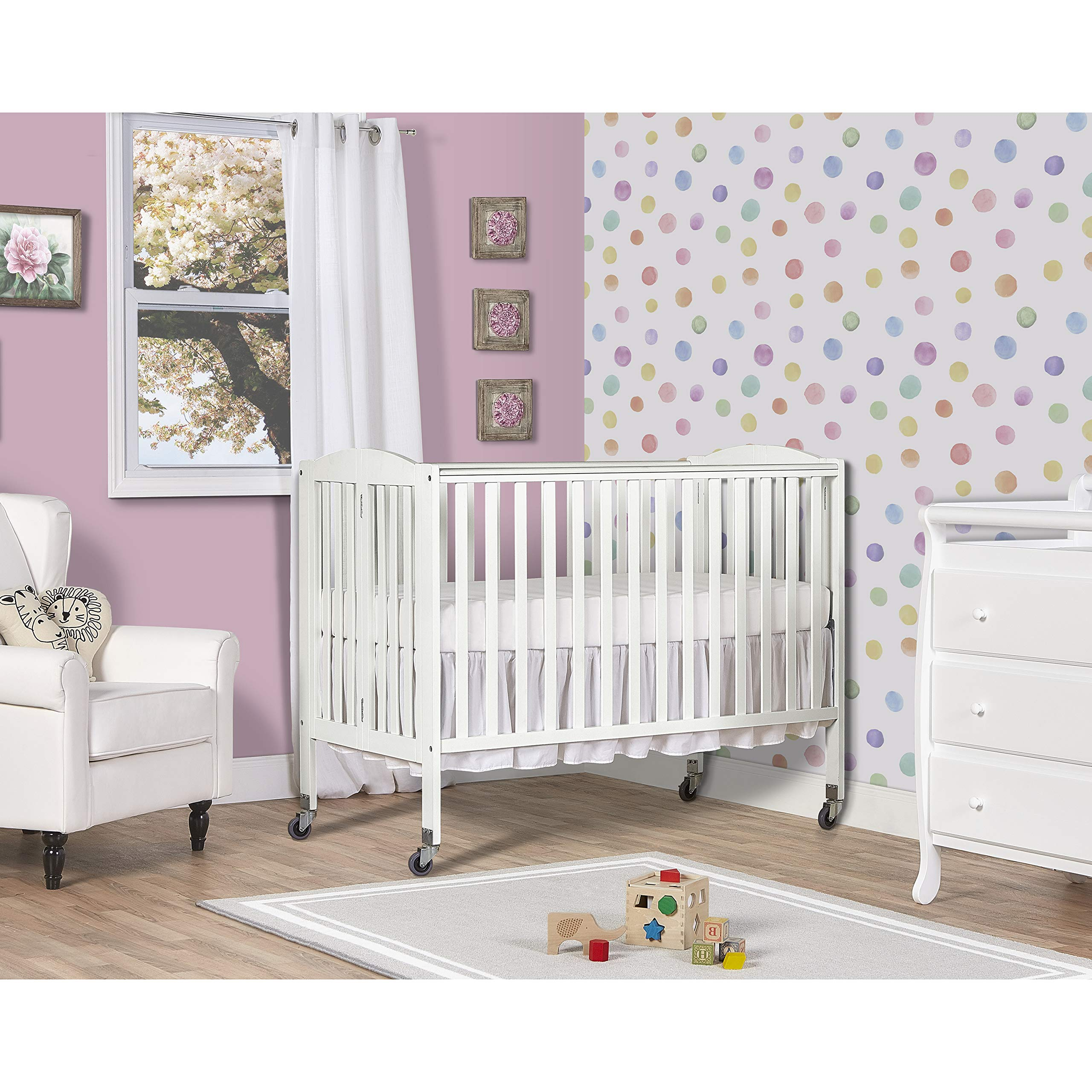 Dream On Me Folding Full Size Convenience Crib, White by Dream On Me