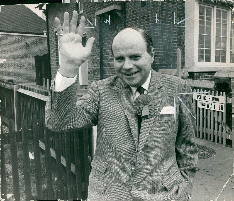 Amazon.com: Vintage photo of Iain Macleod: Entertainment Collectibles