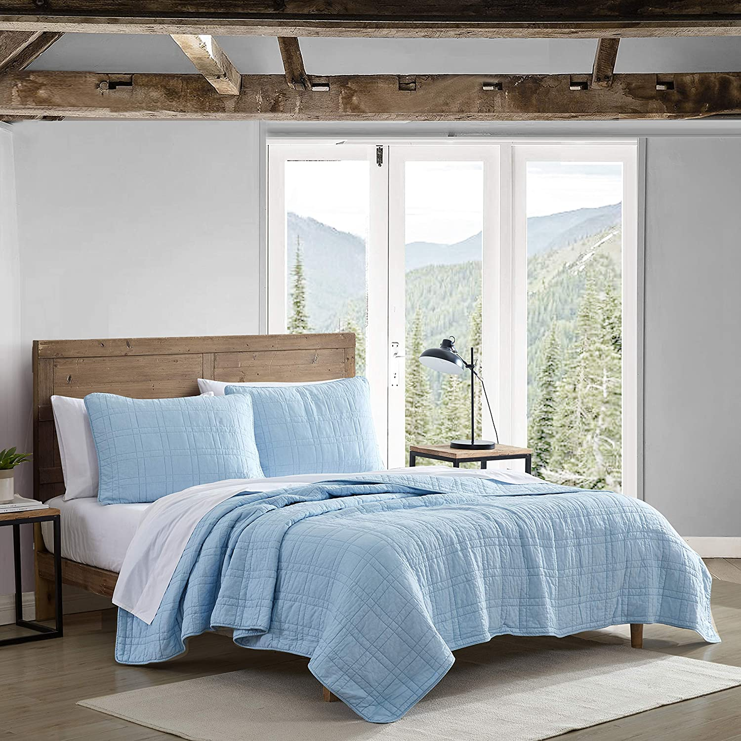 Eddie Bauer Home | Jasper Trail Collection | Quilt Set - 100% Cotton, Reversible, All Season Bedding with Matching Shams, Pre-Washed for Added Comfort, King, Blue