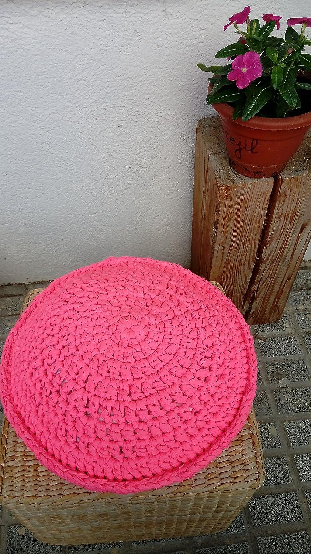 Cojín en crochet con trapillo modelo PINKI: Amazon.es: Handmade