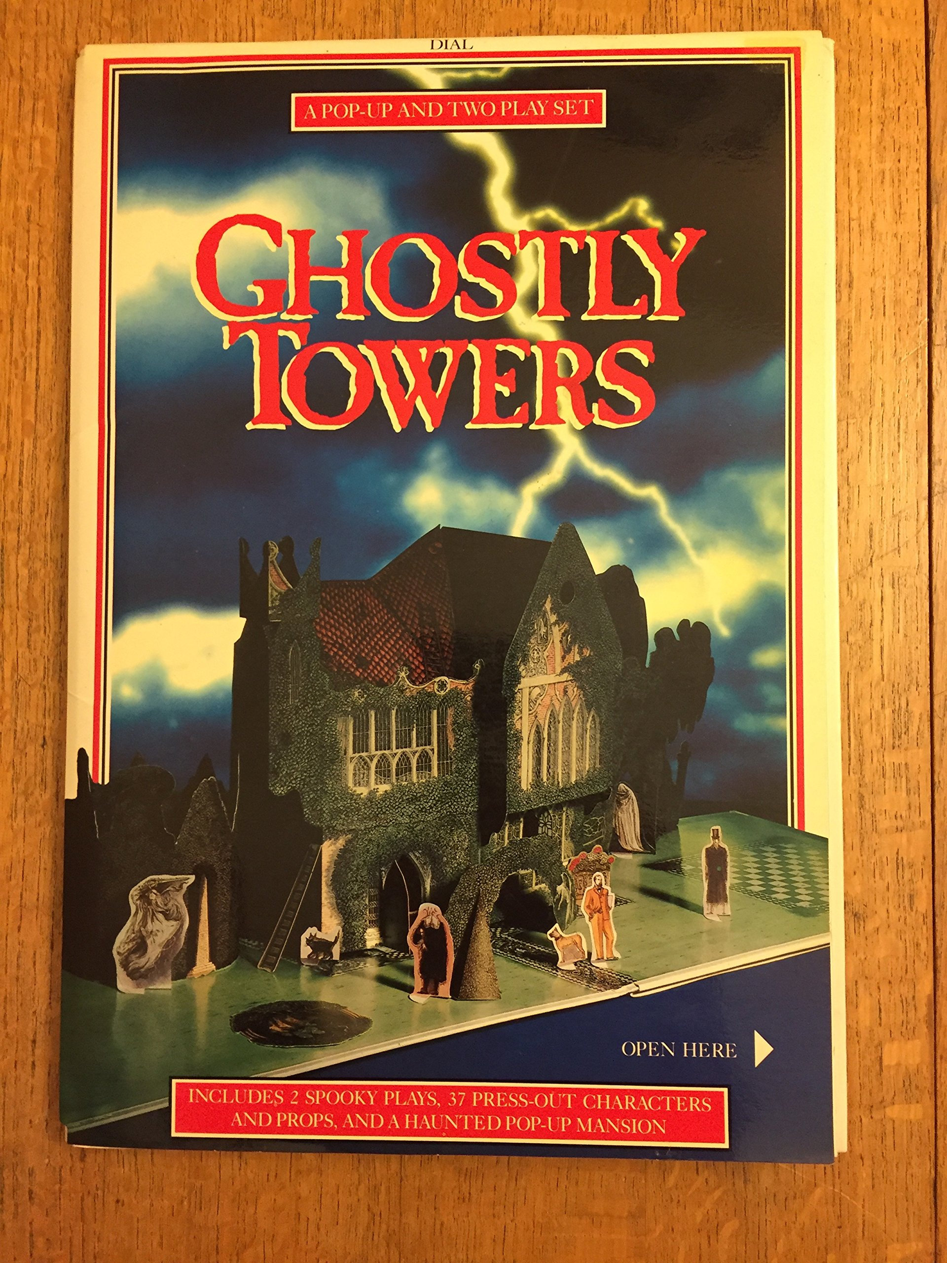 Ghostly Towers (Pop-up With Two Plays)