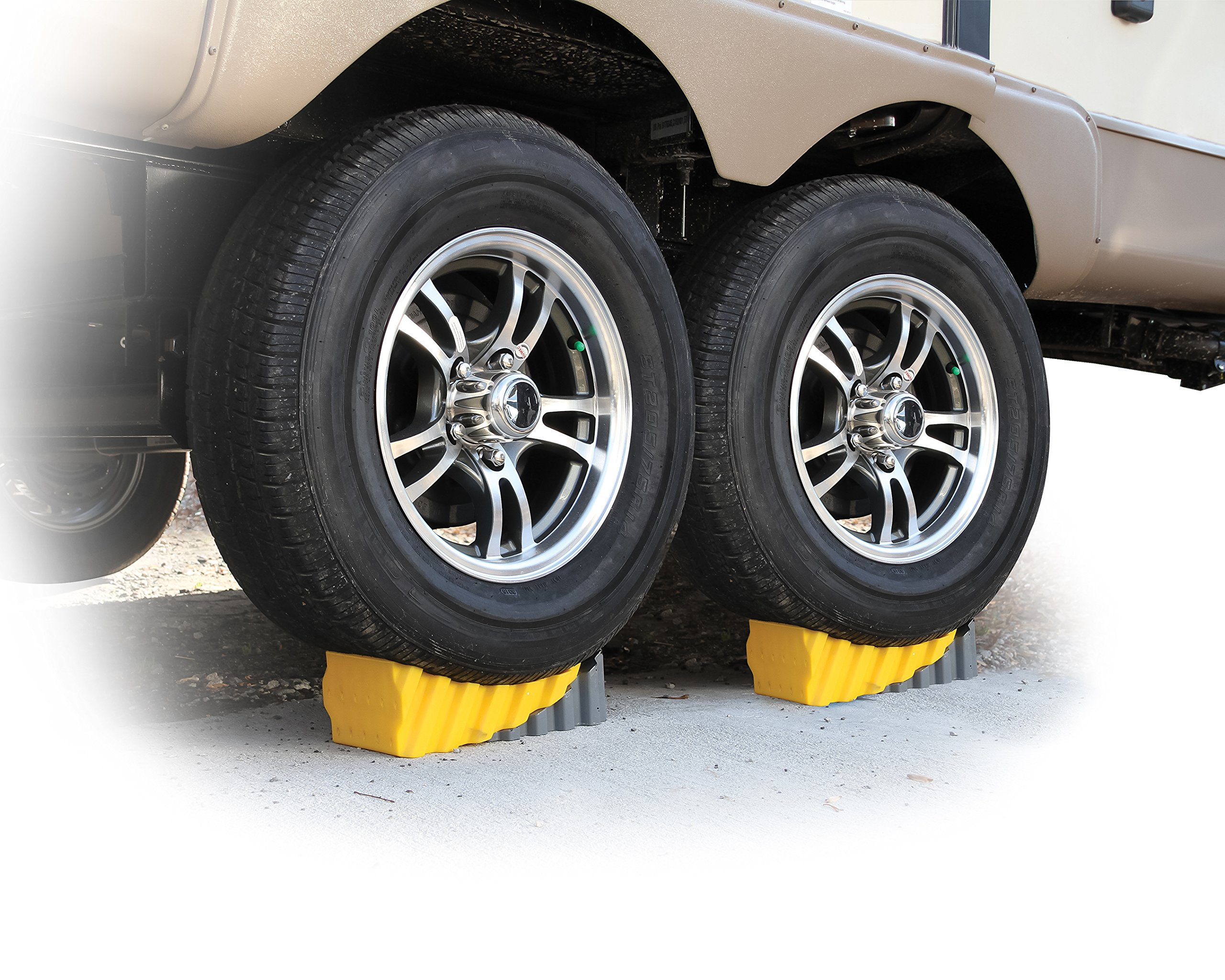 Camco RV Curved Leveler with Chock - 2 Pack - Easy Drive-on Leveler Adds Up to 4'' in Height (44425) by Camco (Image #2)