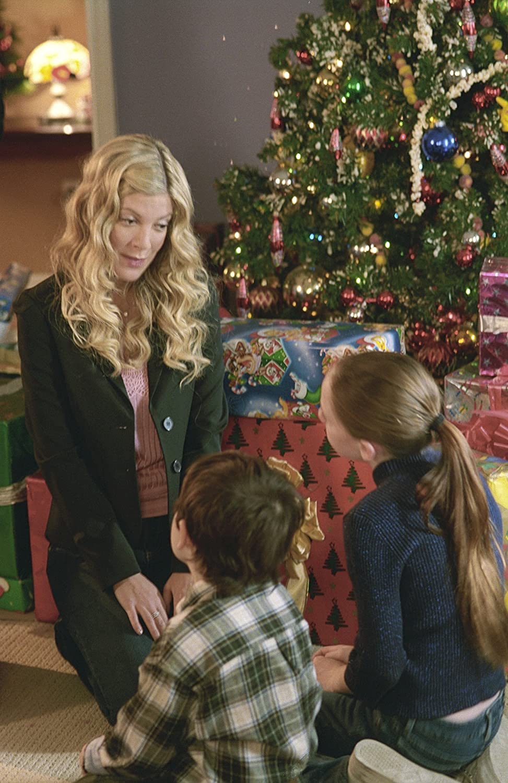 Carol und die Weihnachtsgeister: Amazon.de: Tori Spelling, William ...