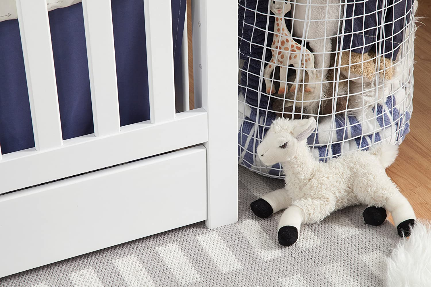 Carters by DaVinci Colby 4-in-1 Convertible Crib with Trundle Drawer White