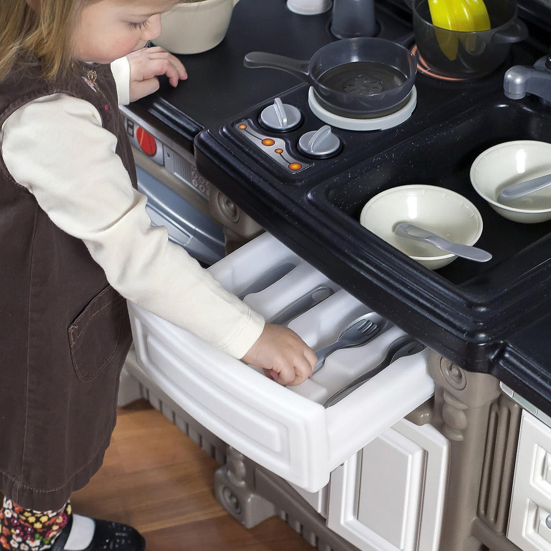 Charming Step2 Lifestyle Dream Kitchen Playset, Kitchen Playsets   Amazon Canada
