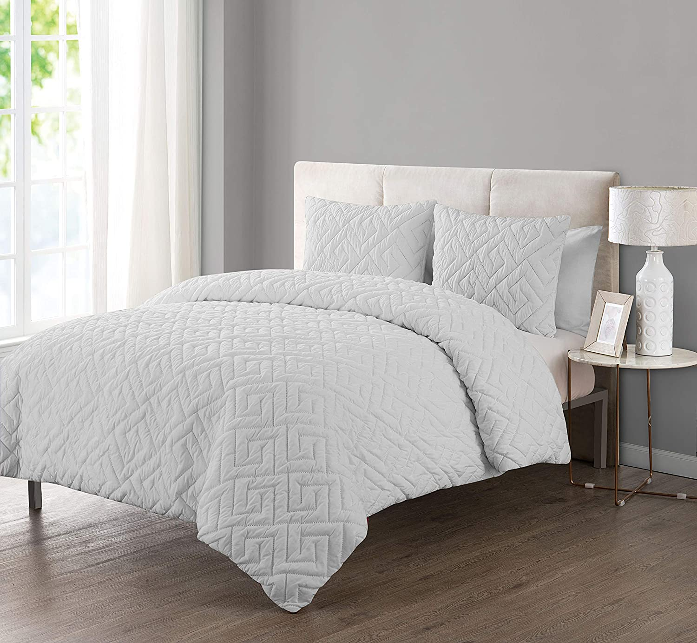 VCNY Home Artemis 2 Piece Comforter Set Twin White