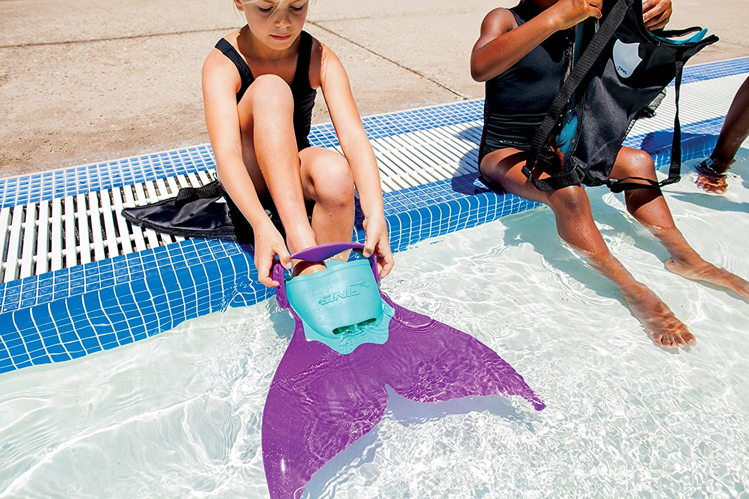 Mermaid Swim Fin Improved strap and backpack included NEW
