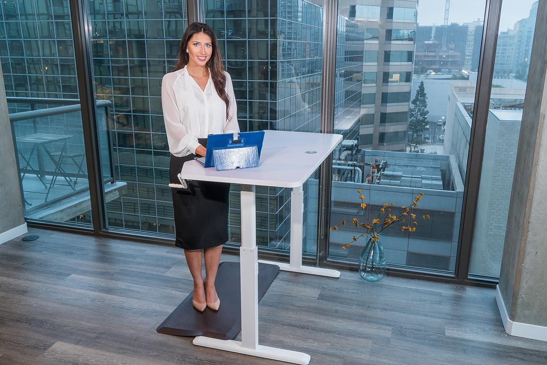 Amazon.com: Ergomax Office Adjustable Height Crank Desk, Black: Home ...