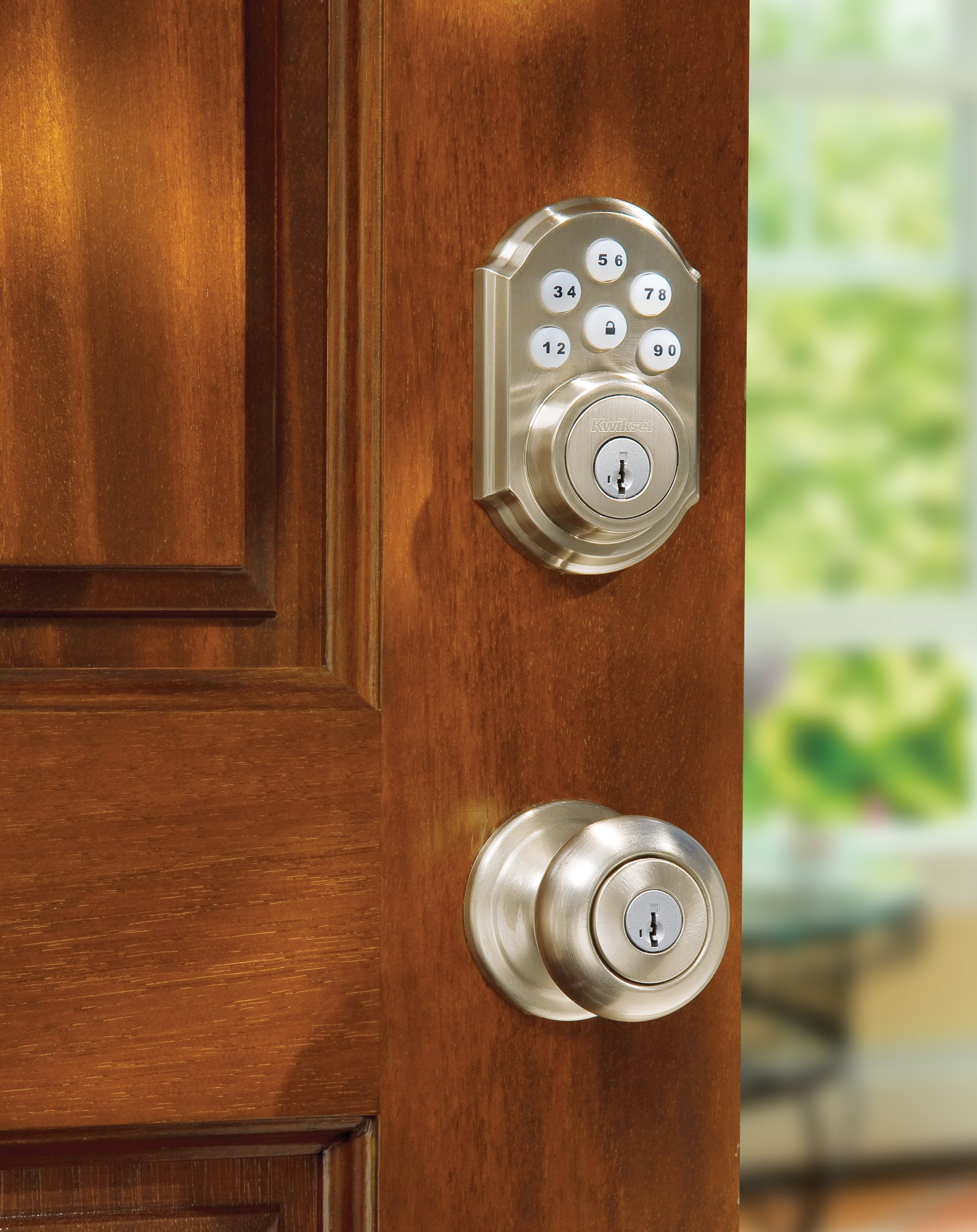 Kwikset 909 SmartCode Electronic Deadbolt featuring SmartKey in Satin Nickel